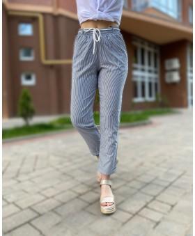 Легкі брюки великих розмірів в тоненьку смужку